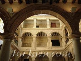 Palacio Abacial - Museo Arqueol�gico, Alcal� la Real